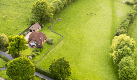Selling part of your garden could be a shrewd move - large UK garden